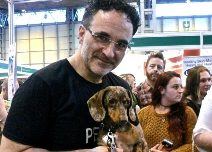 Barking Bugle News Editor, Josef, with Noel Fitzpatrick