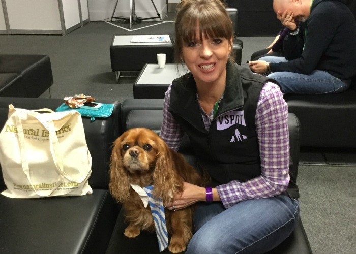 BB Editor, Frodo, with Victoria Stilwell
